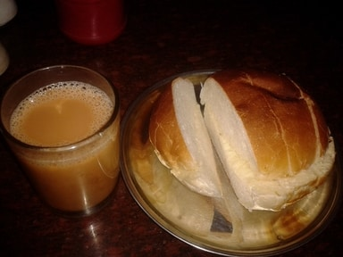 Creamy Butter Tea with Bread - CC
